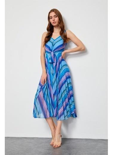 Setre Mavi Piliseli Diz Altı Elbise Mavi